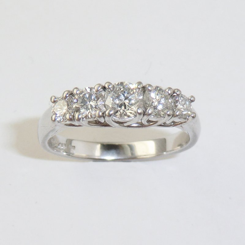 Five diamonds curved wires