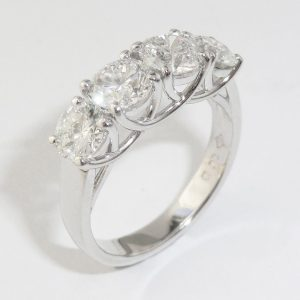 Four diamonds curved wires