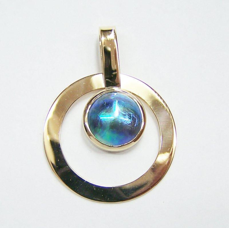 Paua pearl pendant